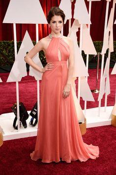 Seja bem-vinda ao red carpet do Oscar 2015: Anna Kendrick de Thakoon