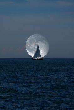"""0ce4n-g0d: """"Super Moon by Bülent Binici """""""