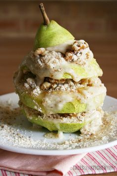 Pear and Banana Dessert Tower - #cleaneating #vegan