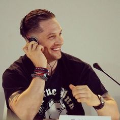 """264 Likes, 9 Comments - TOM HARDY (@tom_hardy01) on Instagram: """"Marry me. #tomhardy #thatsmile"""""""