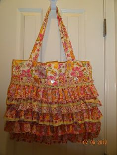 Sew Fabulously Pink!: Temple (garment) Bag Tutorial -- can make without ruffles!