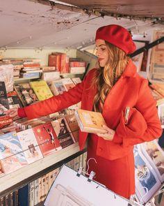26.2 тыс. отметок «Нравится», 237 комментариев — Julia Engel (Gal Meets Glam) (@juliahengel) в Instagram: «Picking up souvenirs to remember this trip always ❤️ #paris #gmgtravels #birthdaytrip #ladyinred…»