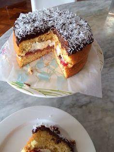 Little Pudding: Lamington Sponge with Muddled Raspberries