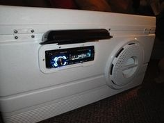 Make a Beach Stereo Out of a Cooler