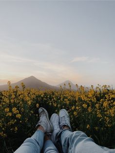 See more of content on VSCO. Couple Aesthetic, Summer Aesthetic, Aesthetic Photo, Aesthetic Pictures, Photo Wall Collage, Picture Wall, Fotografia Vsco, Vsco Pictures, Vsco Pics