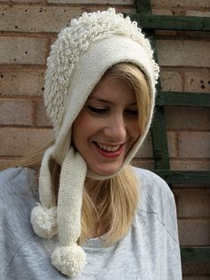 Ravelry: Snowball Bonnet pattern by Anna Elliott