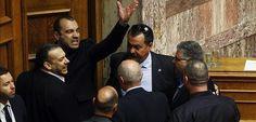 Gritos de 'Heil Hitler' en el Parlamento griego