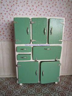 LAS MINIS DE MARICHU > cómo hacer el mueble-alacena años 60. ¡Genial!