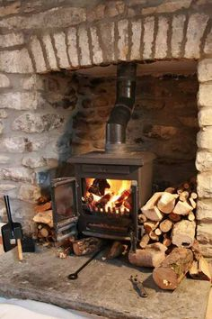 Most Amazing Rustic fireplace Designs Ever - Page 52 of 53 - Adila Decor Log Burner Fireplace, Cottage Fireplace, Stove Fireplace, Wood Burner, Fireplace Design, Open Fireplace, Fireplace Remodel, Fireplace Ideas, Rustic Fireplaces