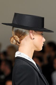 Ralph Lauren S/S 2013 Spring Hats, Summer Hats, Fancy Shoes, Me Too Shoes, Equestrian Style, Equestrian Fashion, Take Off Your Shoes, Ralph Lauren, Stylish Hats