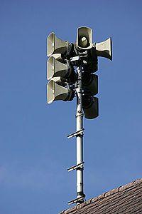 Civil defense siren - Wikipedia