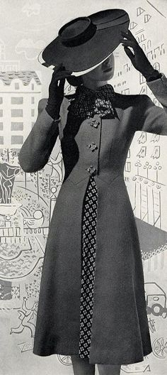 Awesome Street Style Looks vintage coat Trend Fashion, Look Fashion, Womens Fashion, Fashion Design, 1940s Fashion Women, 1940s Fashion Dresses, Fashion Hacks, Classy Fashion, Ladies Fashion