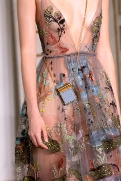 Valentino, Spring 2017 - The Most Magnificent Details from the Spring '17 Paris Runways - Photos