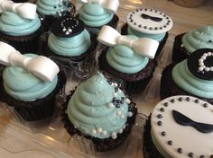breakfast at tiffanys cupcakes