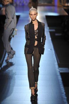 Jean Paul Gaultier Spring 2009 Ready-to-Wear Fashion Show - Anna Selezneva (SILENT)