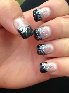 Nail art black and silver awesome cute gel nails beautiful nails â ¥ pinter Cute Gel Nails, New Year's Nails, Glitter Nails, Pretty Nails, Black Glitter, Orange Glitter, Black Sparkle Nails, Black Silver Nails, Sparkly Nails