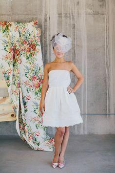 short wedding dress by Rafael Cennamo, shoes by Alice + Olivia  aandbebridalshop.com Photography by Alison Vagnini Denver, CO  #aliceandolivia #rafaelcennamo #cocktailweddingdress #shortweddingdress #weddingdress #whitedress