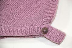 DIY Tejer: Cómo hacer capotas de punto para bebés | Manualidades Baby Hats Knitting, Knitting For Kids, Knitting Projects, Knitted Hats, Crochet Hats, Recycled Crafts, Diy Crafts, Tricot Baby, Vintage Children
