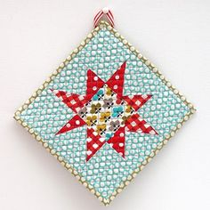 Starbright potholder tutorial by verykerryberry - nice and easy, I made mine into a mug rug.