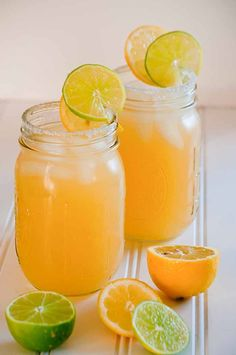 Citrus Loaded Margaritas  - take the classic margarita recipe and add bursts of lemon and grapefruit! You'll be craving these cocktails all summer long! | cupcakesandkalechips.com