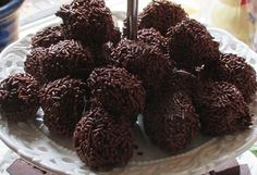 Delicious chocolat truffles. | Recipe and photo by Donja de Wit.