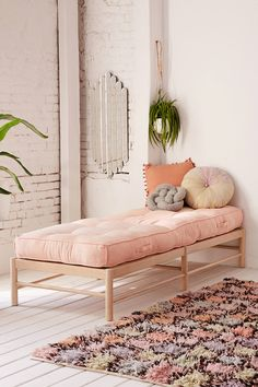 Shop the Vera Daybed Cushion and more Urban Outfitters at Urban Outfitters. Read customer reviews, discover product details and more.