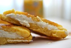 Arepa Boyacense (Arepa from Boyacá) would be great with Carne Asada Steak and/or guacamole and pico de gallo My Colombian Recipes, Colombian Cuisine, Cuban Recipes, Latin Food, Empanadas, Tostadas, Enchiladas, New Zealand Food And Drink, Tapas