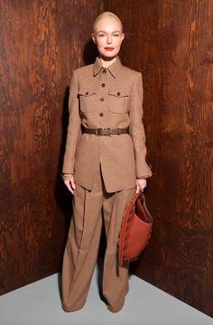 Paris Fashion Week Celebrity Outfits From the Front Row Milan Fashion Weeks, Paris Fashion, Winter Fashion, Celebrity Outfits, Celebrity Style, Victoria Beckham, Faux Leather Skirt, Parisian Style, Paris Street Styles