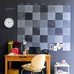 Календарь на стене