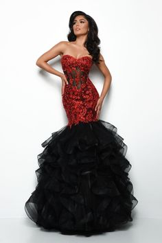 Prom Dress Stores, Prom Dresses Online, Pageant Dresses, Long Sleeve Evening Gowns, Mermaid Skirt, Mermaid Gown, Designer Prom Dresses, Perfect Prom Dress, Gowns With Sleeves
