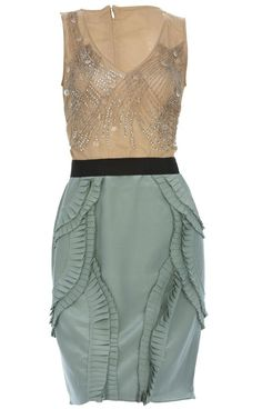 This pencil skirt dress expresses the same kind of interest in texture as the enhancing rythm of the waves shown in a beach wave hairstyle, with undone structure and a touch elegance. Even the colors project the sea. The casual hairstyles shown on this board would harmonize well with such a dress as this one.