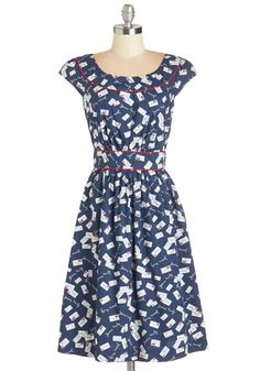 Crafted from navy cotton and covered in an endearing envelope print, this piping-trimmed frock makes you oh-so-merry with its sweet, full skirt and crystal-like, faceted buttons that secure its back!