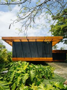 Image 7 of 23 from gallery of RT Residence / Jacobsen Arquitetura. Photograph by Pedro Kok