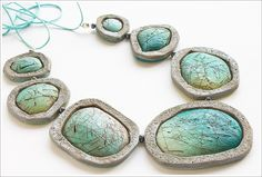 faux cabochons by Anna Jour, via Flickr  (With link to the tutorial used to make it)