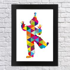 """Klaun+-+geometrický+Tisk+originální+moderní+grafiky+velikosti+A4.+(pro+rámečky+nebo+pasparty+21x30+cm)+Klaun+nebo+šašek,tvořený+geometrickými+tvary+-+trojúhelníky.+Jde+o+moji+originální""""Geometric+Art""""+ilustraci.+Vytištěno+na+profesionální+tiskárně+na+značkový+fotografický+papír+Glossy+o+gramáži+minimálně200+g/m2.Tiskárna+využívá+systém+ChromaLife100+,+..."""