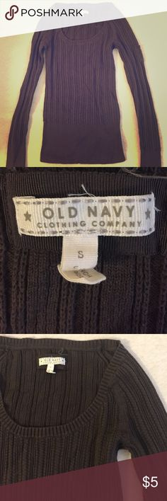 Women's Old Navy Sweater Women's size S sweater from Old Navy. Stretchy and form-fitting. Old Navy Sweaters Crew & Scoop Necks