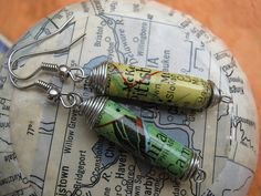Philadelphia and Pittsburgh map paper bead by Accents and Petals | Flickr - great use of old maps.