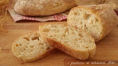 PANE VELOCE fatto in casa Sicilian Recipes, Ciabatta, Biscotti, Crackers, Kids Meals, Bread Recipes, Hamburger, Side Dishes, Appetizers