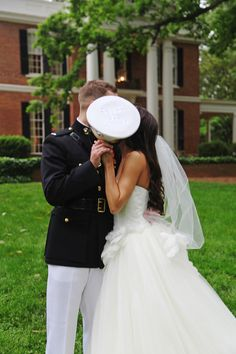 Southern Military Wedding Photography by matthewcolemanphotography.com Event Coordination by facebook.com/AmyReedEvents Read more - http://www.stylemepretty.com/2013/08/20/southern-military-wedding-from-coleman-photography/