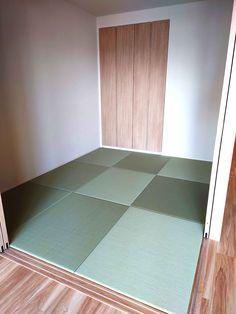 【コストを下げて琉球畳を敷き詰めるには】 使用する畳表の材料は、セキスイ美草目積ですが、この畳表は有効幅1050mmまで使うことが可能です。