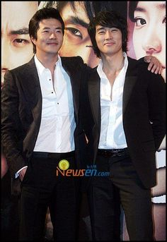 What can be better than Kwon Sang-woo and Song Seung-heon in one single picture.   <3  OMO.