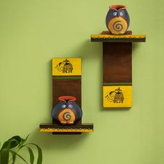 Terracotta 'Twin Owl Pot-Faces' With Wooden Wall Shelves – ExclusiveLane Wooden Wall Shelves, Wooden Wall Art, Diy Wall Art, Wooden Walls, Handmade Crafts, Diy And Crafts, Pottery Painting Designs, Wall Hanging Crafts, Mural Art
