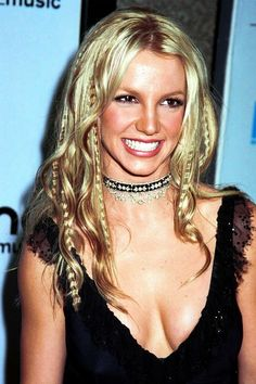 23 Hairstyles You Were Obsessed With in the Early 23 Hairstyles Yo 2000s Hairstyles, Trendy Hairstyles, Crimped Hairstyles, Britney Spears, Hair Icon, Aesthetic Hair, Hair Transformation, Hair Looks, Hair Inspiration