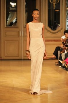 La collection Mimbak par Imane Ayissi - AFROKANLIFE | bit.ly/afronews Evening Dresses, Formal Dresses, Gowns, Collection, Style, Fashion, Dress Ideas, Fashion Ideas, Accessories