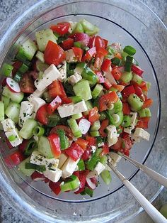 Sommerlicher Salat Summer salad, a good recipe from the vegetables category. Ratings: Average: Ø Summer saladSummer salad: watermelon & fetaPerfect for summer parties and BBQ's. This salad i Chef Salad Recipes, Snack Recipes, Cooking Recipes, Healthy Recipes, Grilling Recipes, Drink Recipes, Pasta Mexicana, Healthy Salads, Summer Salads