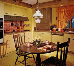 1970'S Kitchen | 1970s-early-american-kitchen-1