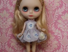 Sewing pattern for bubble skirted dress and rose handbag for Blythe dolls