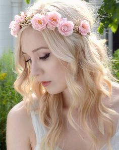 Pink flower crown wild rose head piece floral por gardensofwhimsy