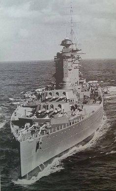 Battleship HMS Nelson (28)
