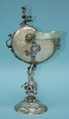 An important antique silver mounterd nautilus cup, early 19th century.